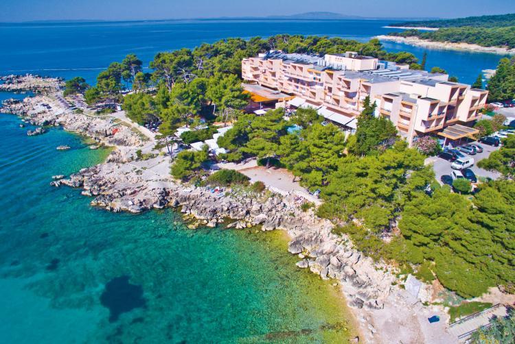 Sportreisen Hannes Zischka, Tennis, Urlaub, Rab, Meer Tennis, Carolina Resort