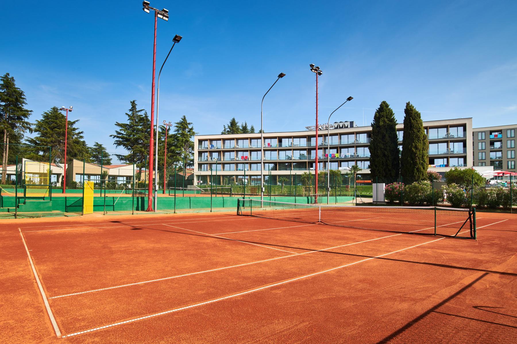 MEER Tennis Hannes Zischka Training Camp Porec Kroatien Istrien Trainingscamp